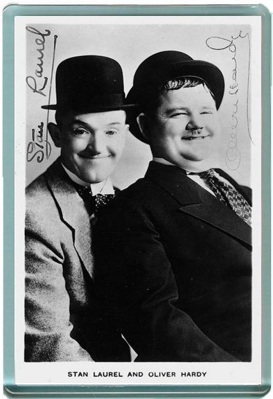 Laurel and Hardy Autographs magnet