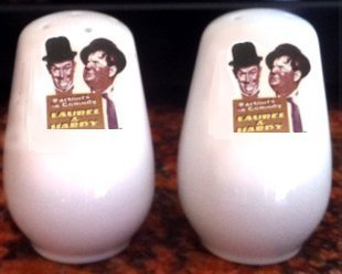 Laurel hardy Sons of the Desert Salt and Pepper shakers