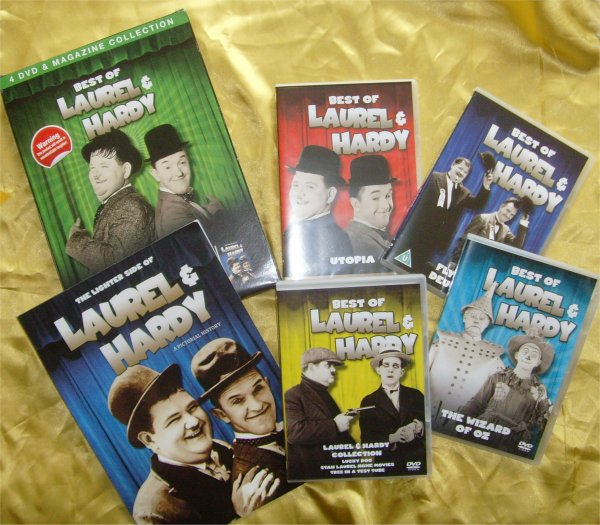 Laurel and Hardy BOOKAZINE