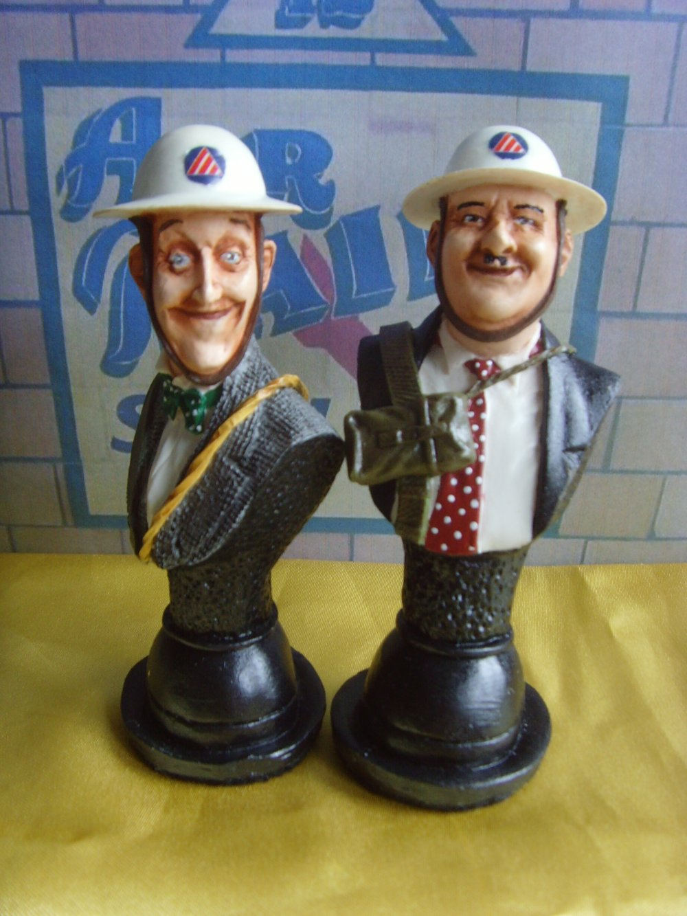 Laurel and Hardy BONNIE SCOTLAND BUSTS