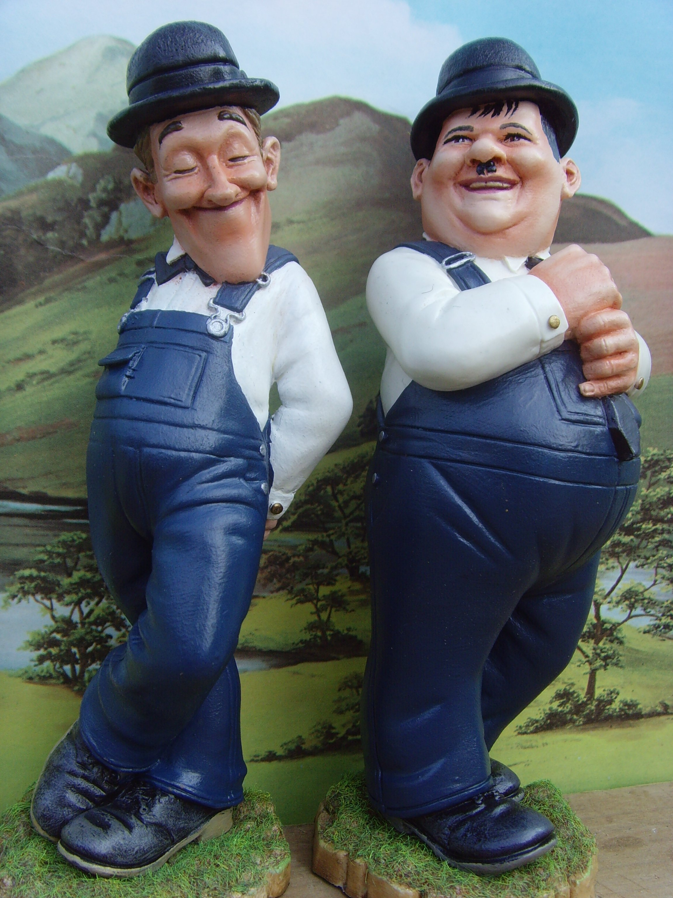 Laurel and Hardy Cartton figures by Neil Sims