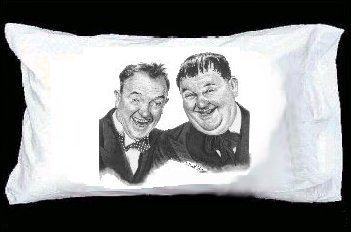 Keep Smiling Laurel and hardy Pillowcase